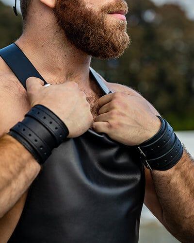 Wristbands / Armbands